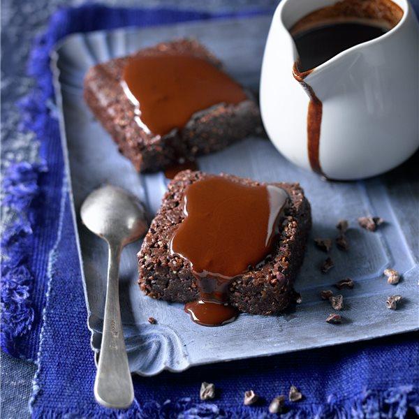 Brownie love con nueces y avellanas