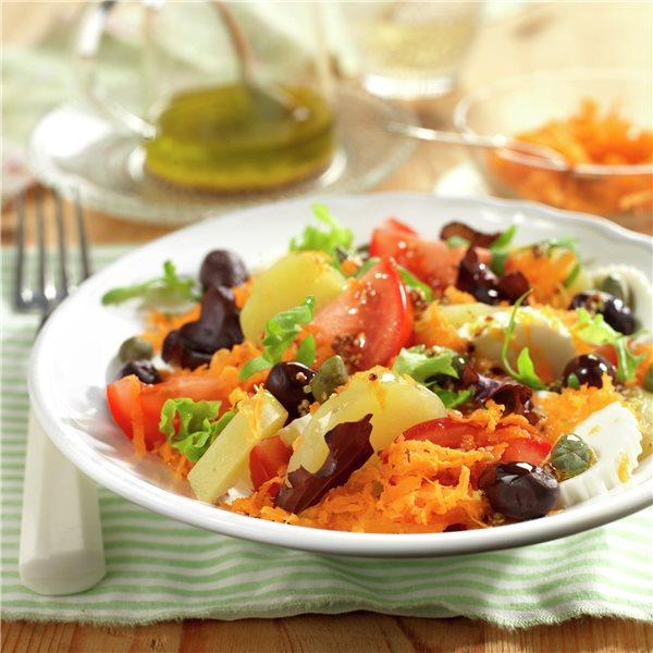 Ensalada de patata, tomate y queso