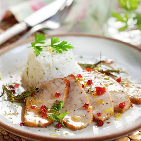 Filetes de pavo con moldecitos de arroz