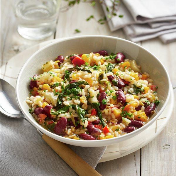 Guiso de alubias rojas con arroz y verduras