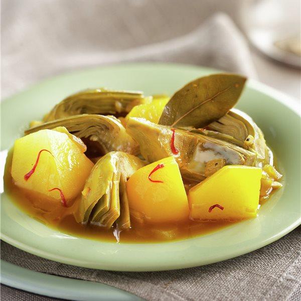 Guiso gaditano de patatas con alcachofas