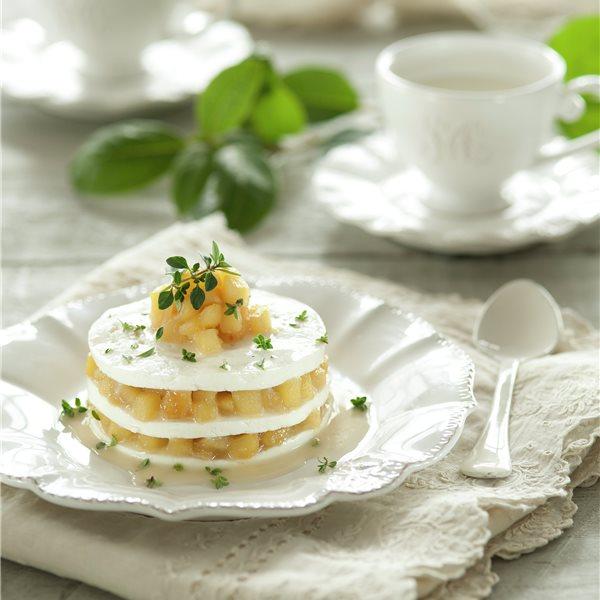 Milhojas de queso y manzana