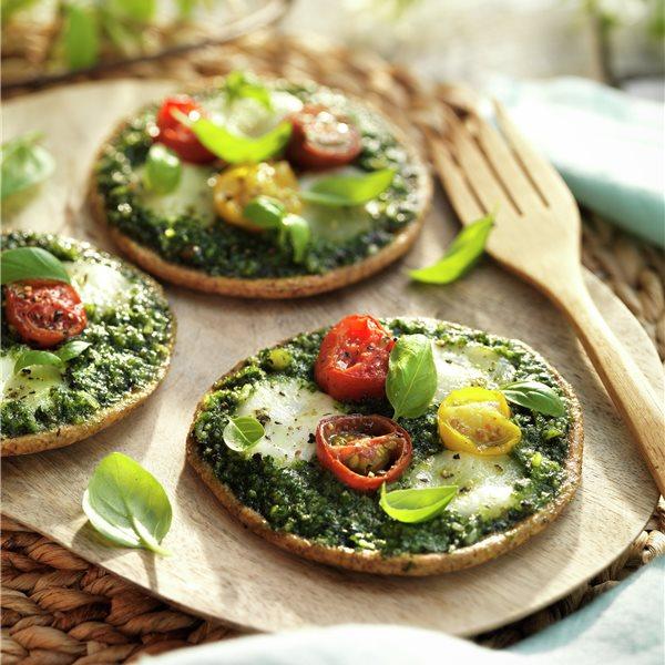 Minipizzas con salsa pesto