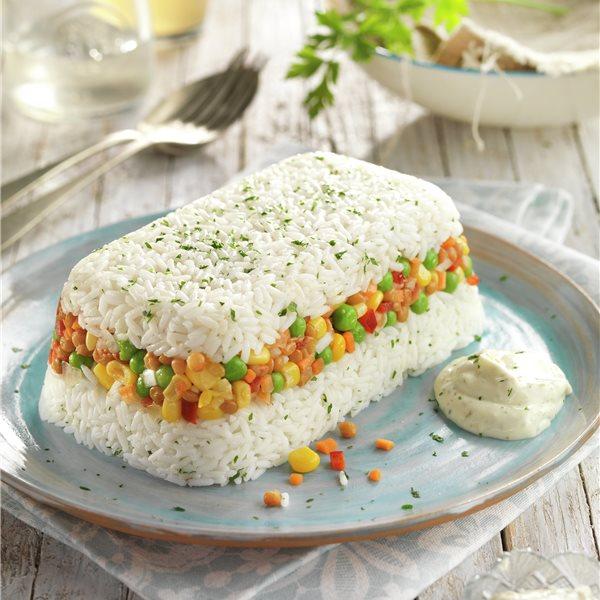 Pastel frío de lentejas con arroz
