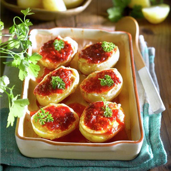 Patatas al horno rellenas de sobrasada a la miel