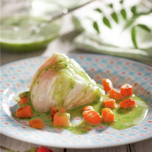 Rape en salsa verde con zanahoria
