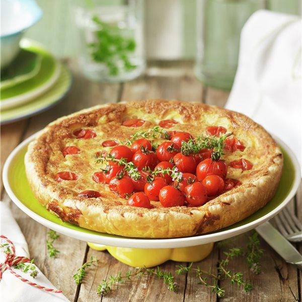 Tarta de tomates cereza, queso y beicon