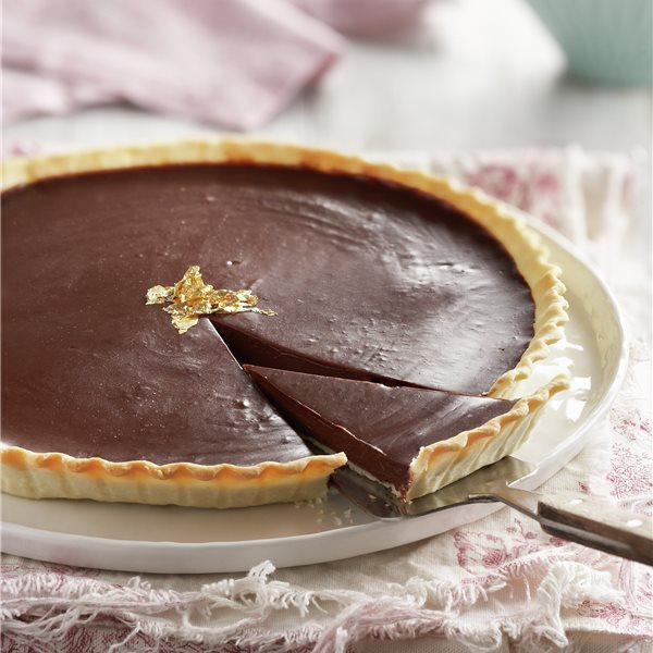 Tarta rústica con crema de chocolate