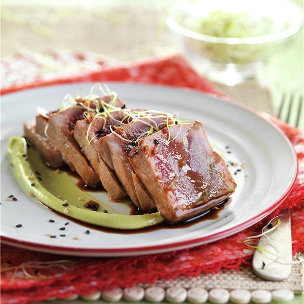 Tataki de atún con soja y jengibre