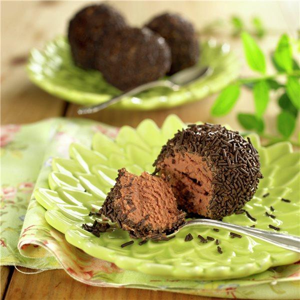 Trufas heladas a los dos chocolates