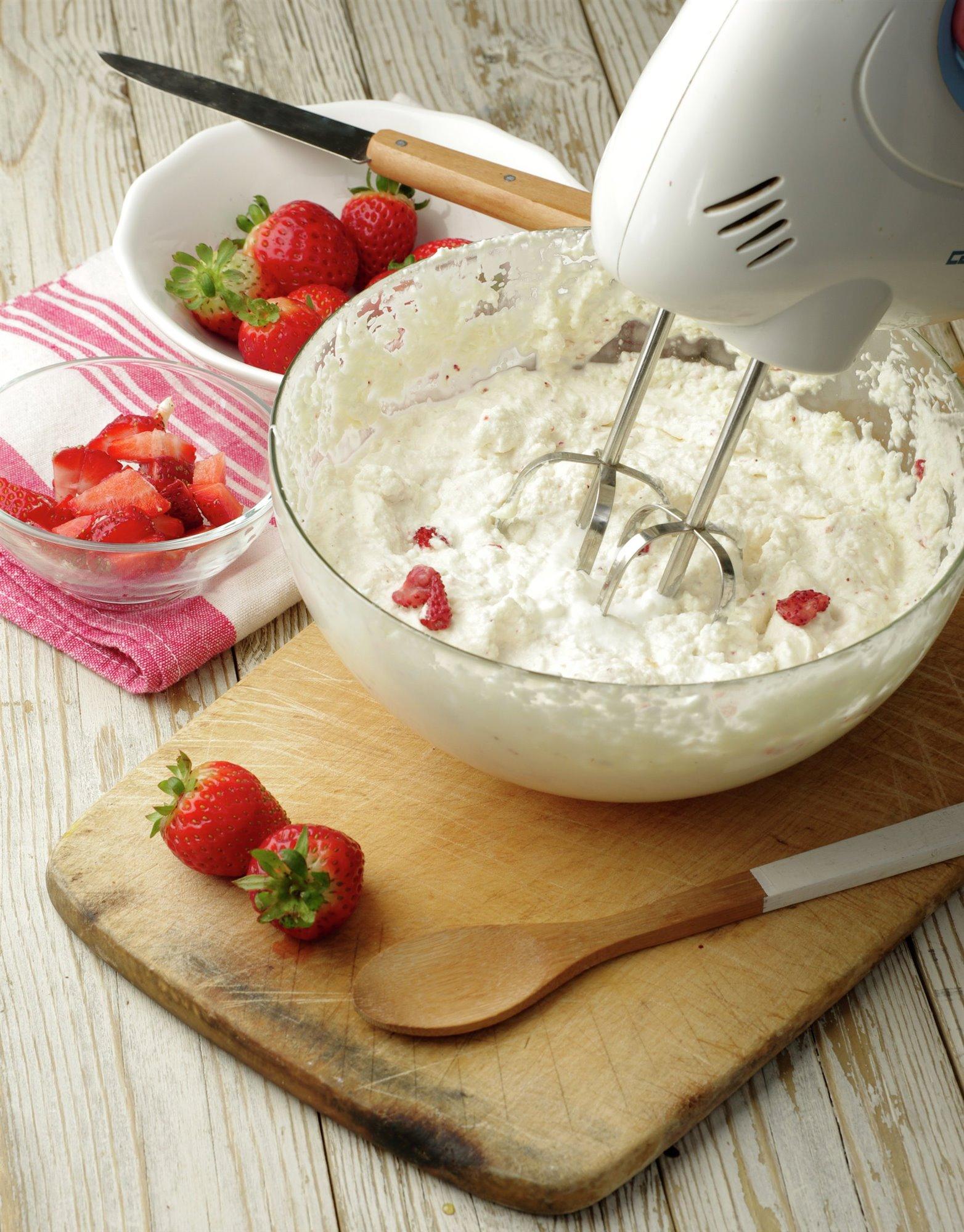 6. Añade las fresas