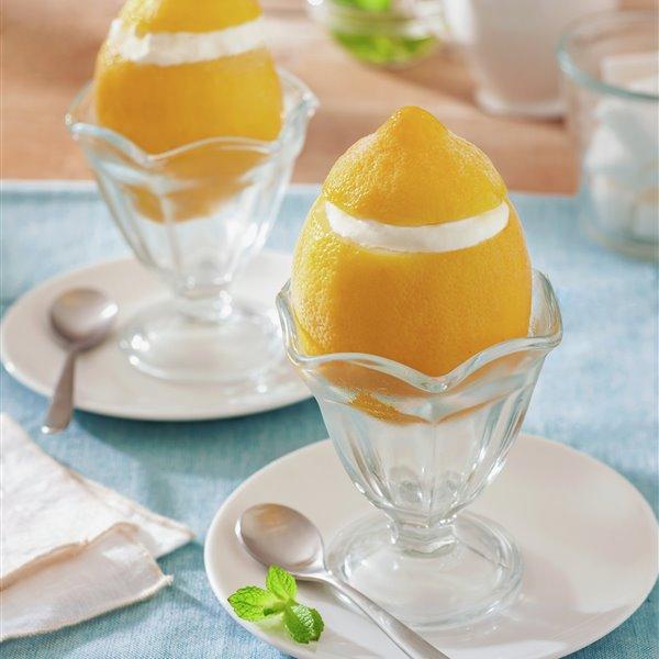 Limones rellenos de helado