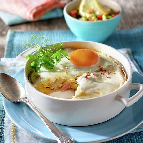 Pastel de patata, beicon y huevo