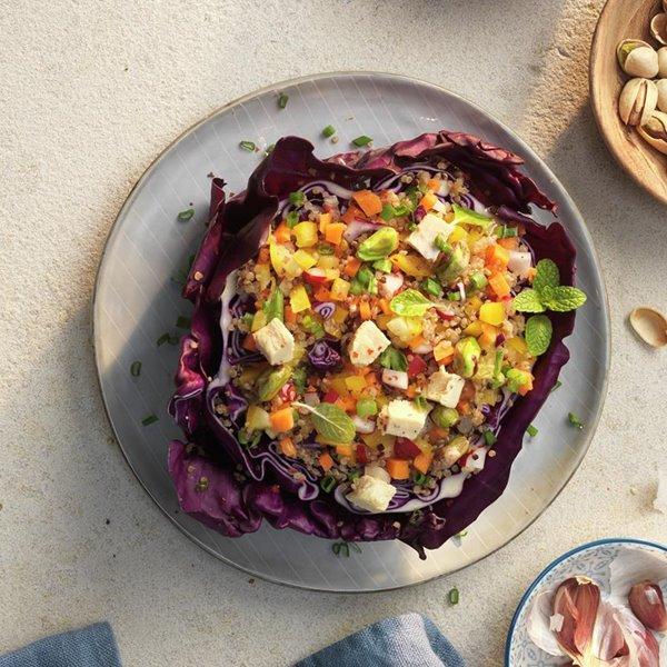 Ensalada de col lombarda y quinoa
