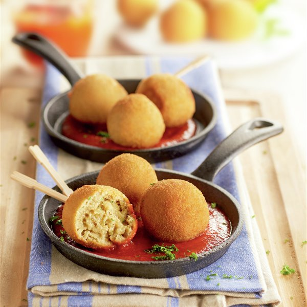 Albóndigas de berenjena con tomate
