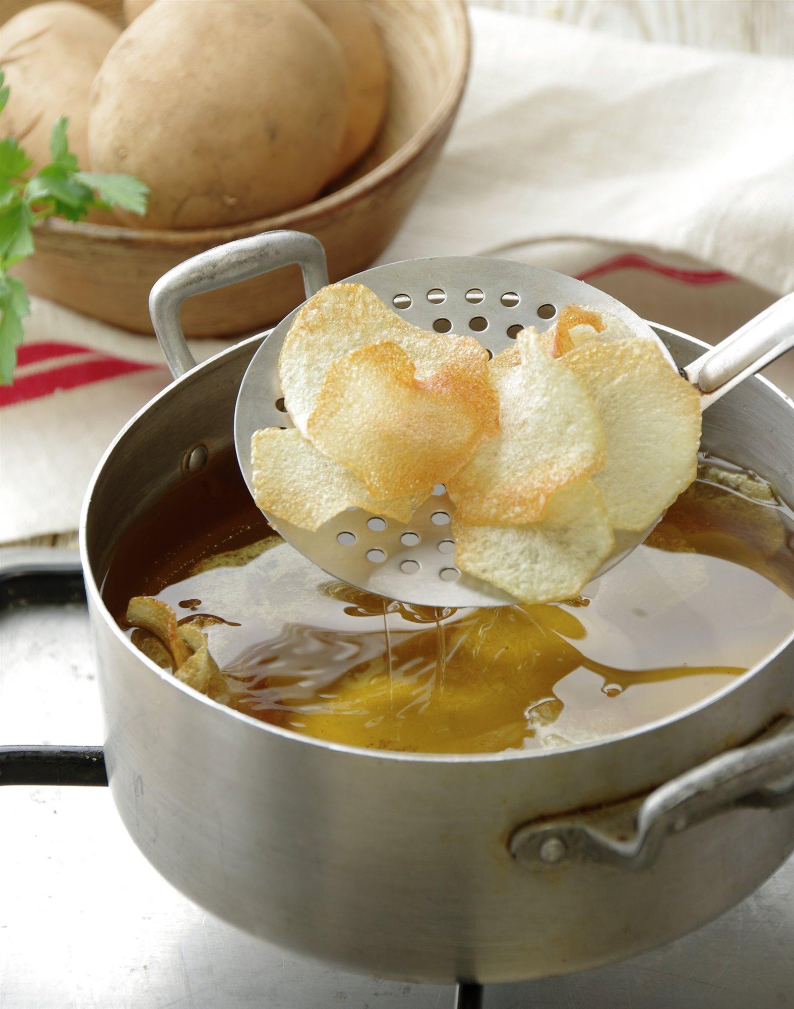 5. Fríe las patatas
