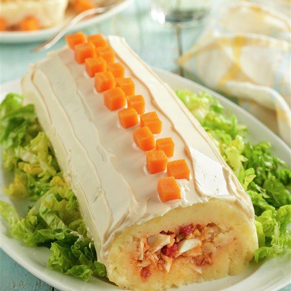 Rollo de patata con atún y huevo