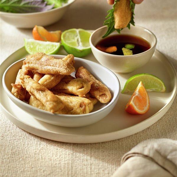 Tempura de tempeh de garbanzos con salsa sambayu