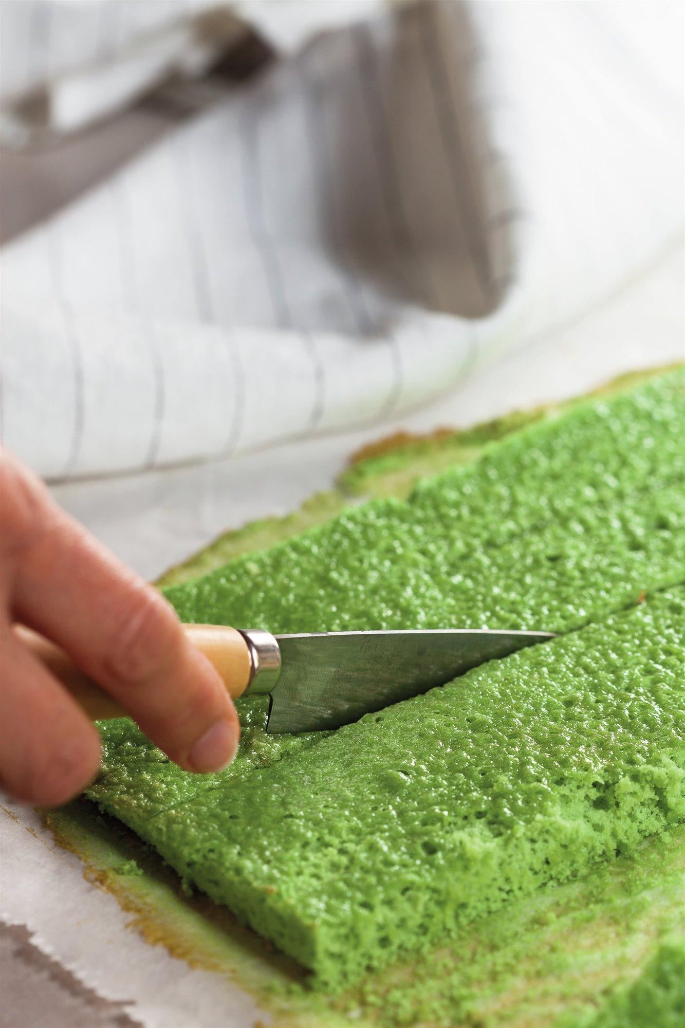 5. Añade colorante y hornea