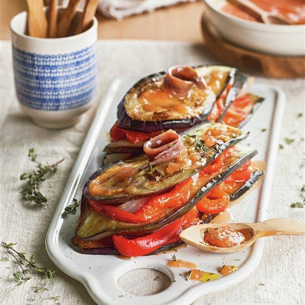 Milhojas de verduras asadas con anchoas