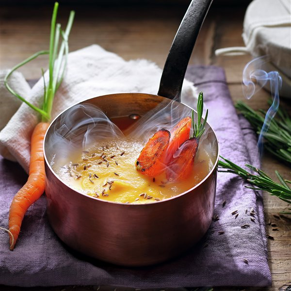 Crema de zanahorias asadas con comino y limón