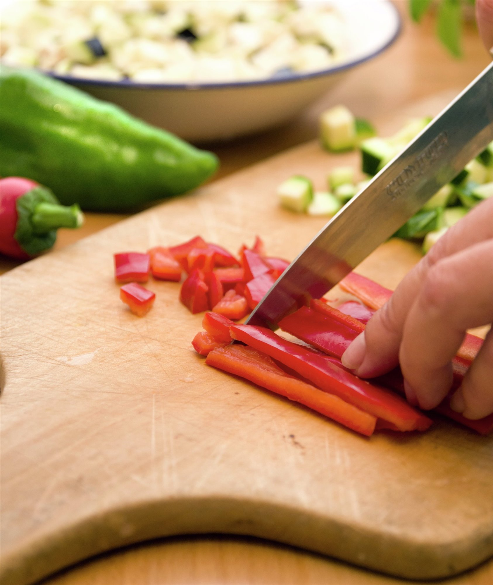 1. Pica las verduras