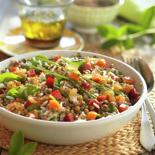 Ensalada de lentejas y arroz con verduritas