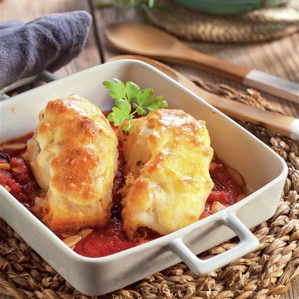 Bacalao gratinado con muselina de ajo y salsa de arándanos