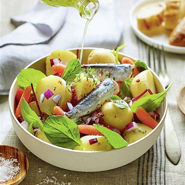 Ensalada campera con sardinas