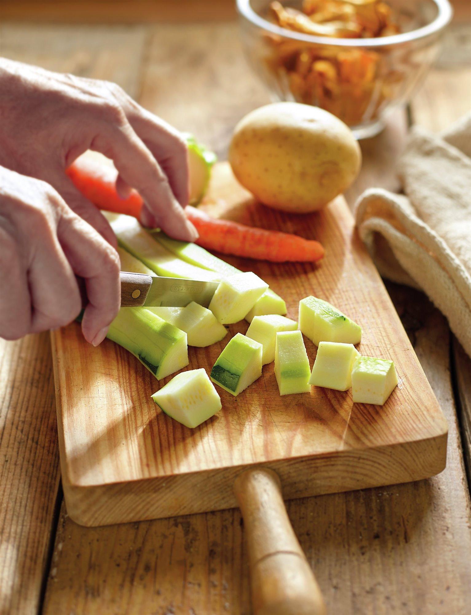 1. Trocea las verduras