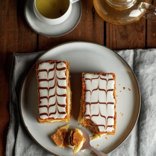 Milhojas de hojaldre y crema pastelera