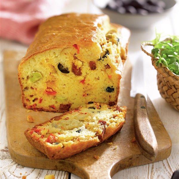Pan de chorizo y aceitunas