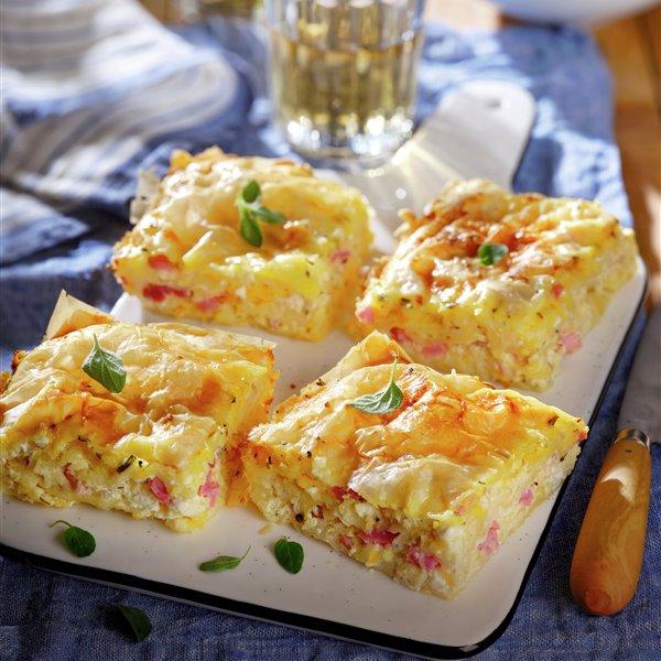 Pastelitos de jamón y queso cremoso