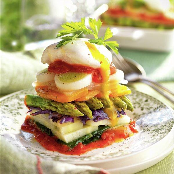 Lasaña vegetal con huevo poché