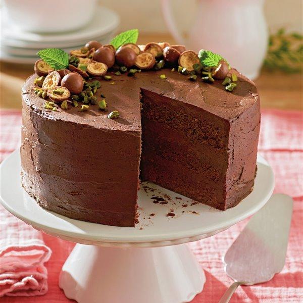 Layercake de tres pisos con chocolate