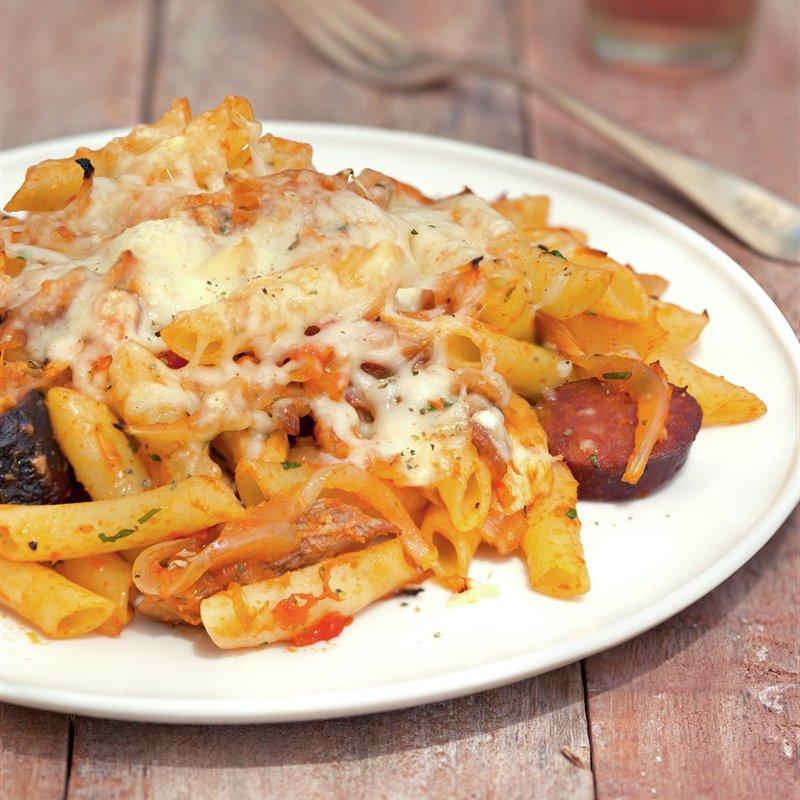 macarrones_con_tomate_y_carne_de_cocido