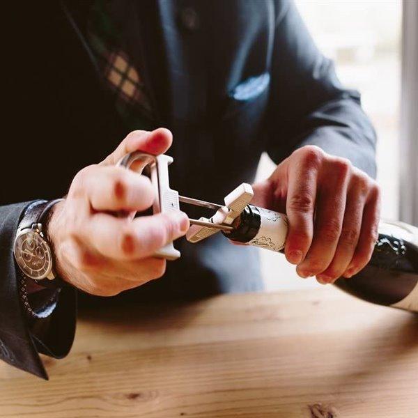 Accesorios básicos que mejoran tu disfrute del vino