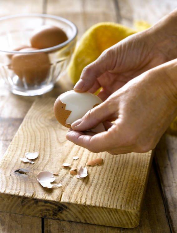 1. Cuece el huevo
