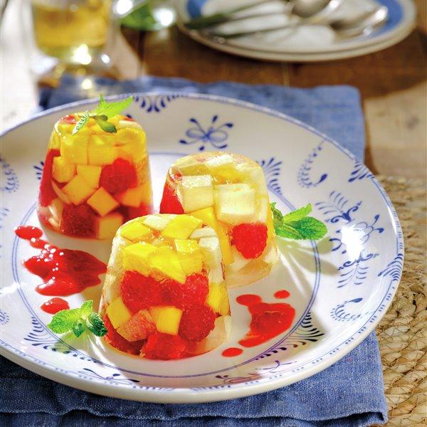 Flan de gelatina con frutas