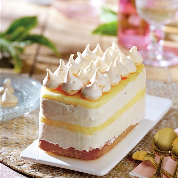 Tarta helada de limón y merengue