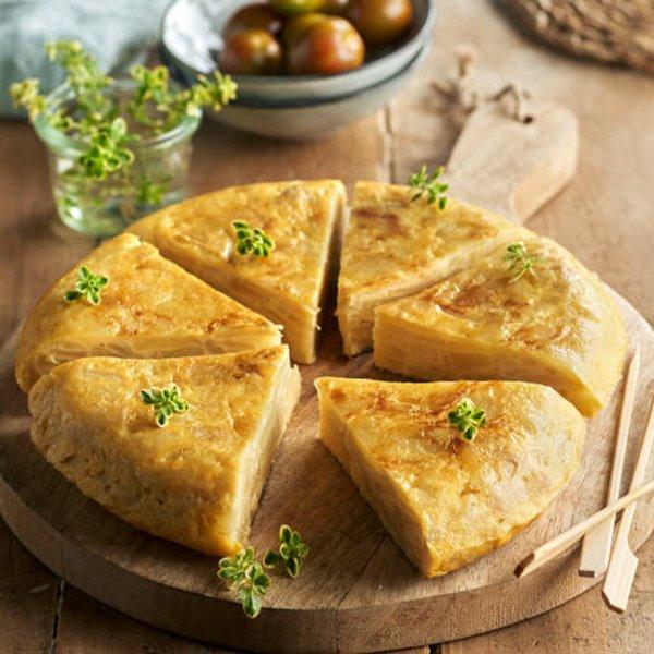 Tortilla de patata con cebolleta y ajetes