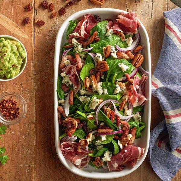 Ensalada de jamón, espinacas y roquefort