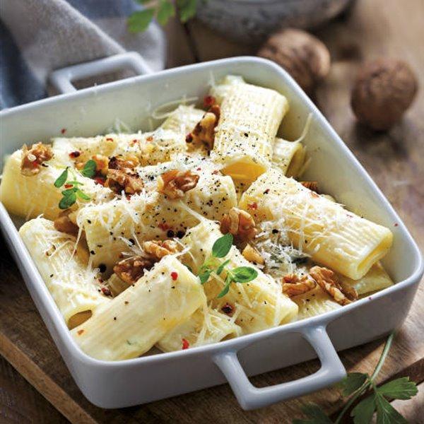 Tortiglioni con gorgonzola y nueces