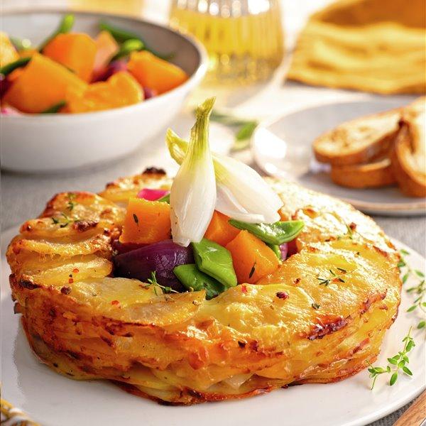 Corona de patatas con verduras asadas