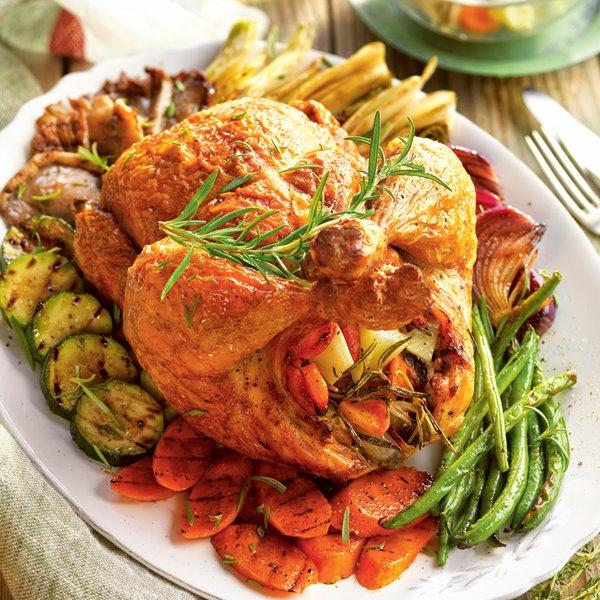Pollo relleno con verduras