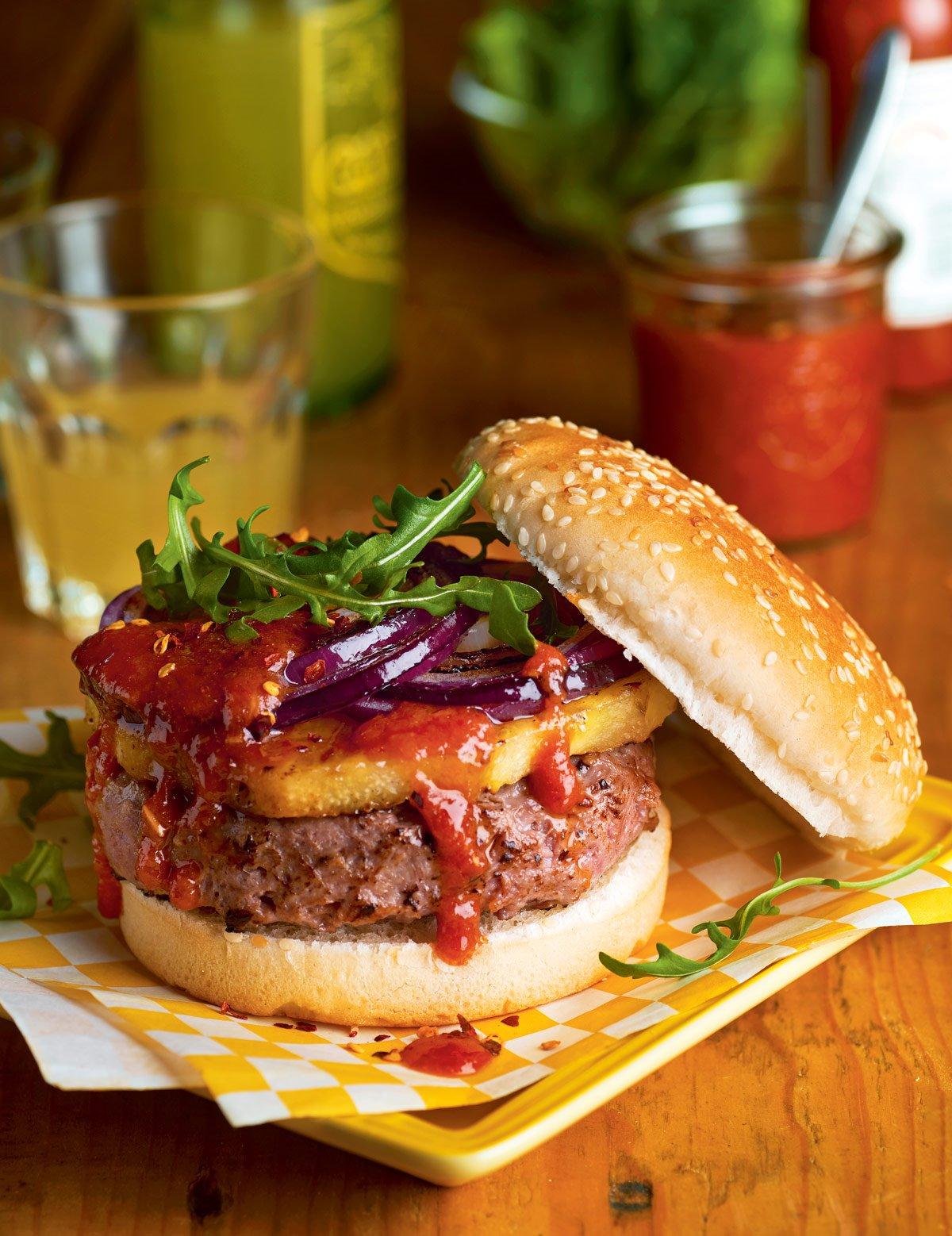 Salsa barbacoa en hamburguesa