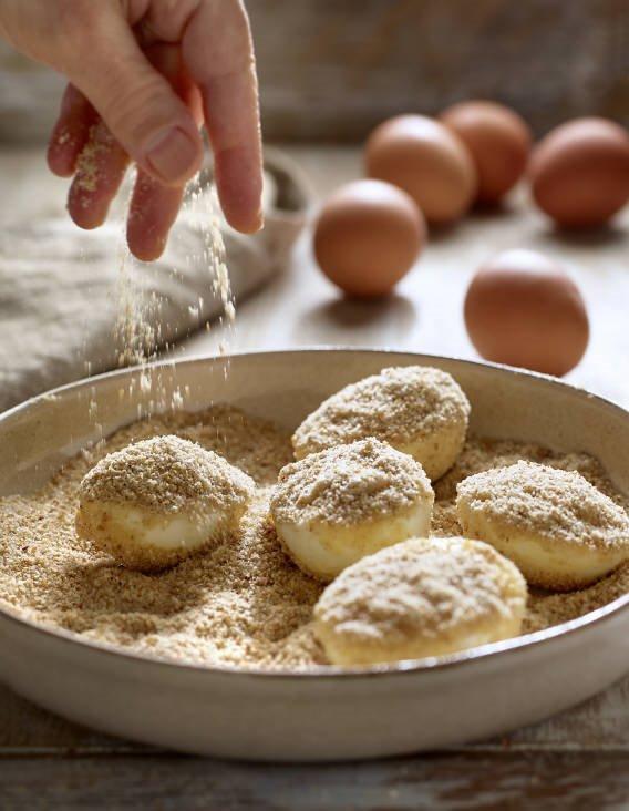 3. Reboza con harina, huevo y pan rallado