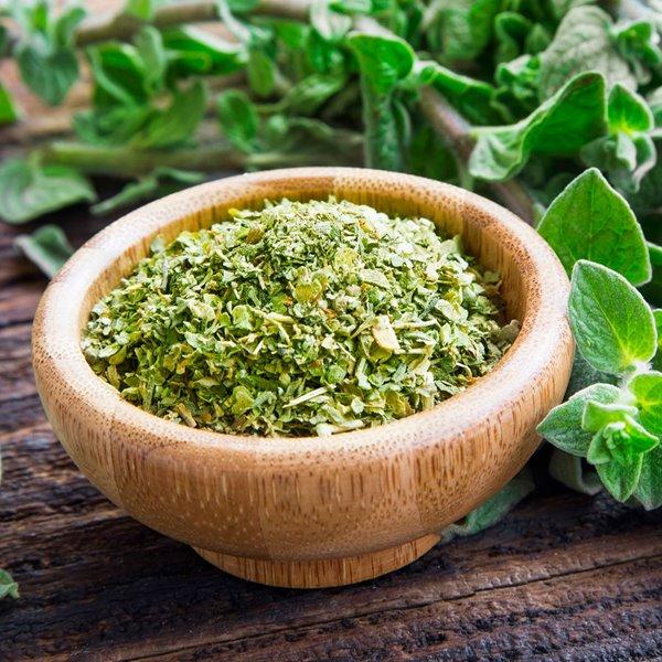 Cómo cocinar con hierbas aromáticas secas. Guía para secarlas, conservarlas y utilizarlas