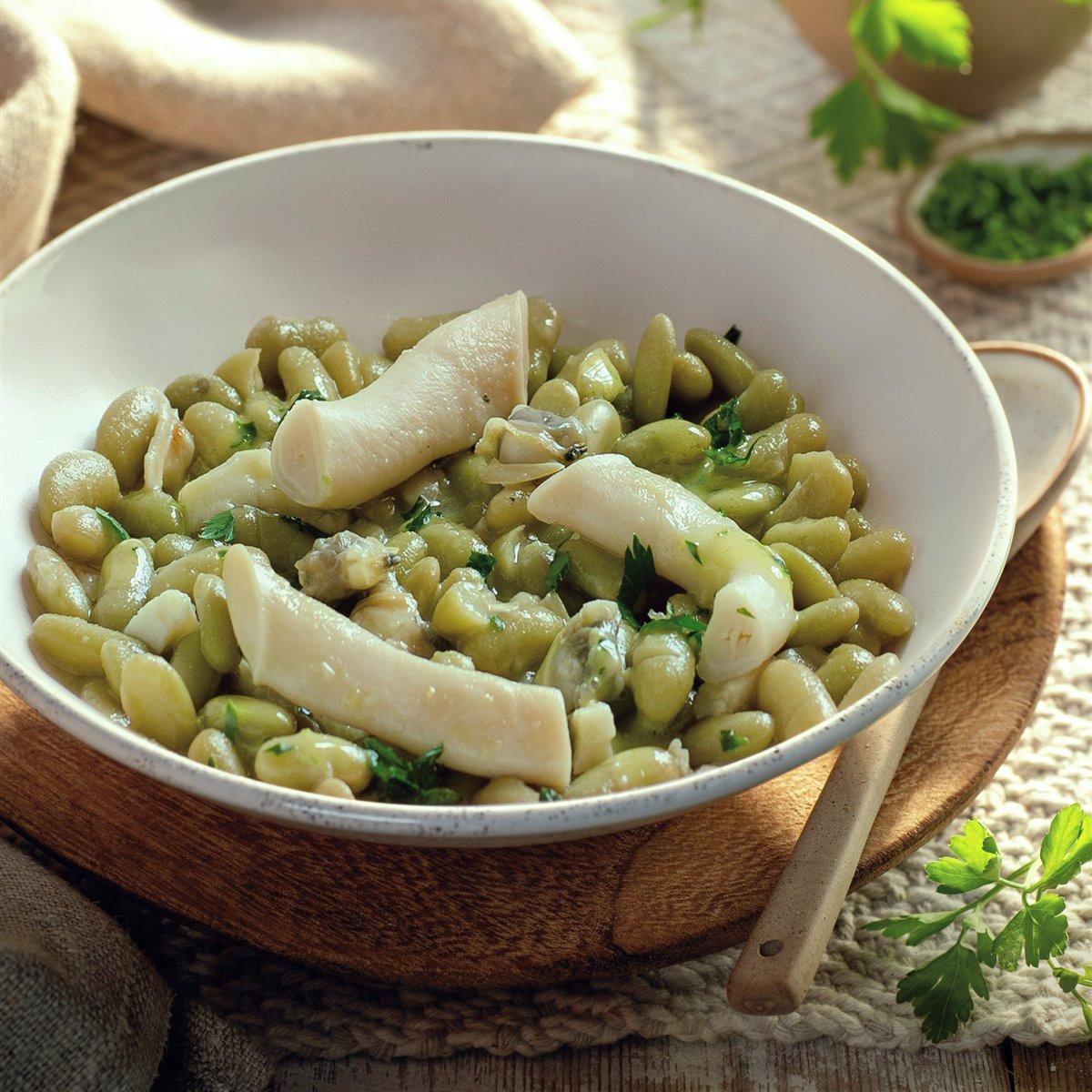 verdinas_en_salsa_verde_con_almejas_y_navajas_de_el_faro_de_cadiz_del_chef_mario_jimenez
