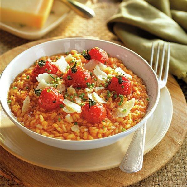 Risotto de tomate y cebolla